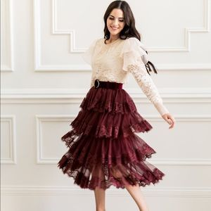 Rachel parcell XL lace trim tiered mesh skirt